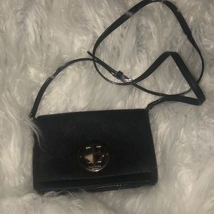 ⚠️FINAL PRICE: Kate Spade Black Crossbody ♠️
